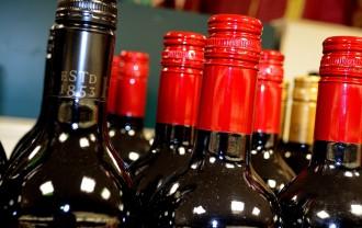 @bottles-of-wine