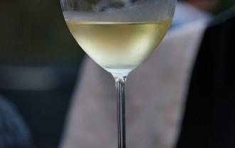 @wine-59392_640
